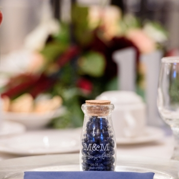 Table Setting Favor